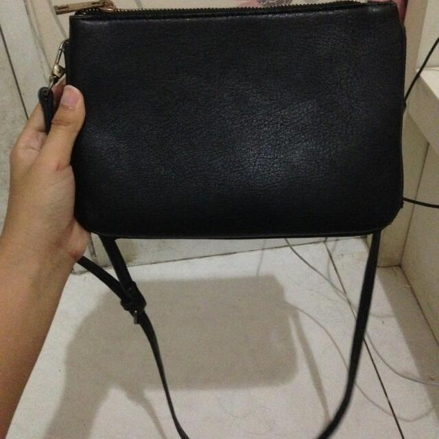 Stradivarius Sling Bag