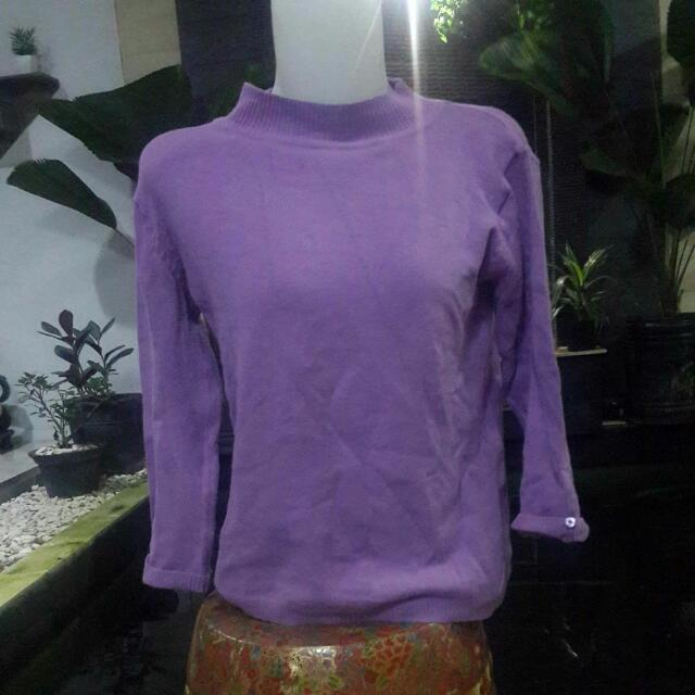 SWEATER SWITER UNGU SEMI TURTLE NECK