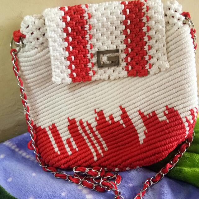 Tas Rajut Bendera (big Sling Bag)