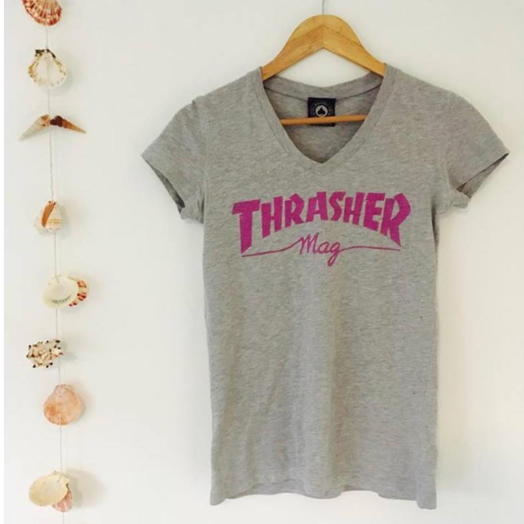 THRASHER - V-neck tee