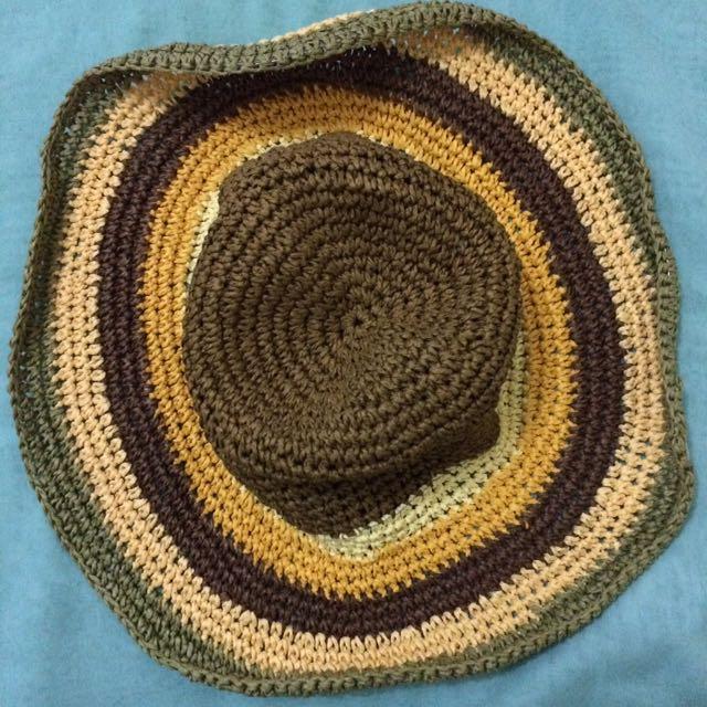 Topi Pantai Rajut Tanaman