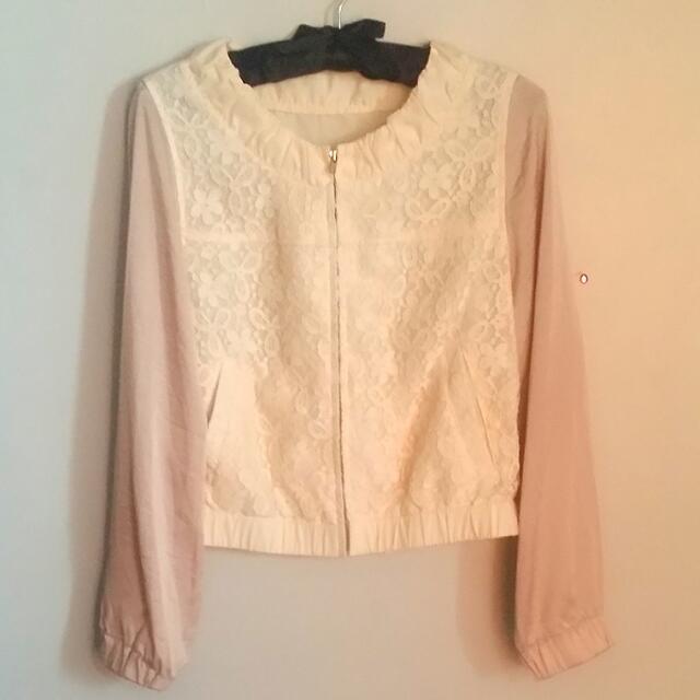 Two-tone topper/blouse