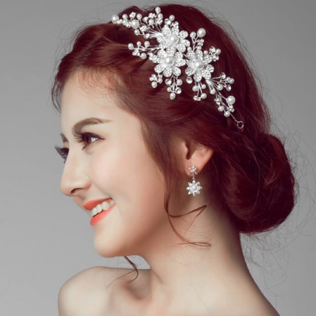 Wedding Accessories (Hair Styling)