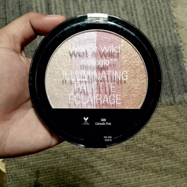 Wet n' Wild illuminating Pallette