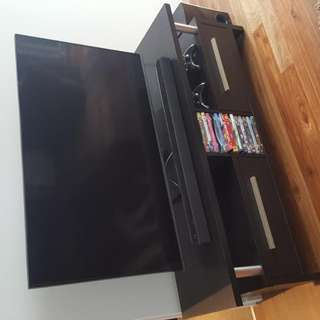 48' Samsung Tv ** Comes With The Unit And Blu Ray Player**