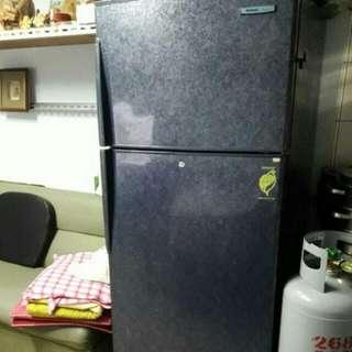 國際牌台灣松下電器家用型電冰箱 NR 540MA 超大容量大約440公升