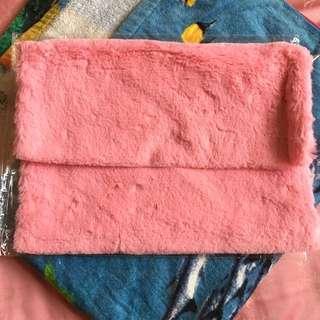 毛絨手包(粉色)