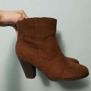 Booties Size 7.5 Fits Size8