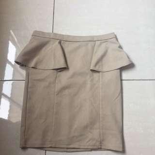 Stradivarius Cream Skirt