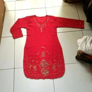 baju India merah kuning