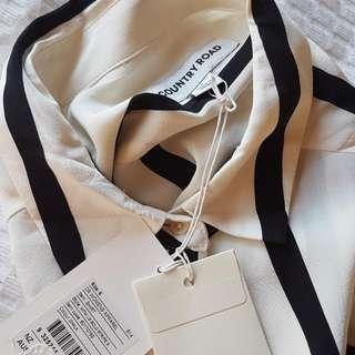 Size MED Pinstripe Country Road Shirt Long Shirt. NWT