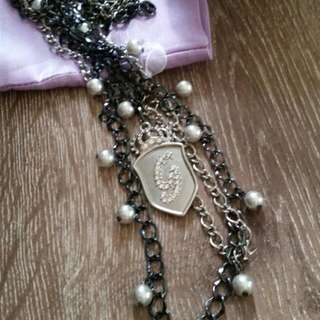 New GUESS brand Long Multiple Chain