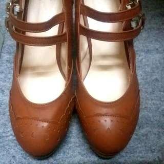 全新日本啡色高跟鞋