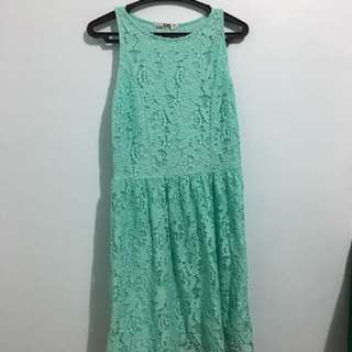 Green-laced Dress
