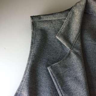 📌Grey Vest/ Outerwear