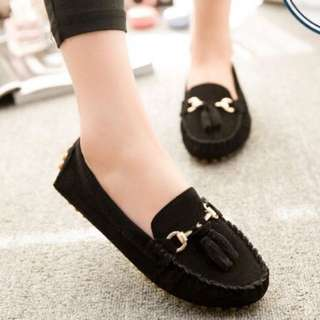 Women's Loafer / Moccasin With Tassel