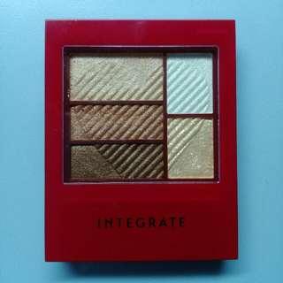 Integrate三度漸層光綻眼影盒BR703