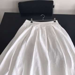Review White Skirt Size 10