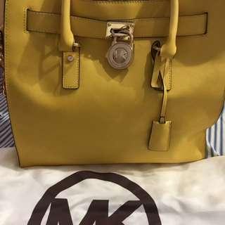Authentic Michael Kors Large Hamilton Saffiano Leather
