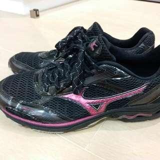 Mizuno 跑鞋
