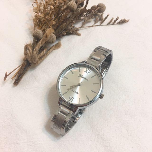全新👉🏻 韓版細帶金屬錶 銀色 摺疊按扣