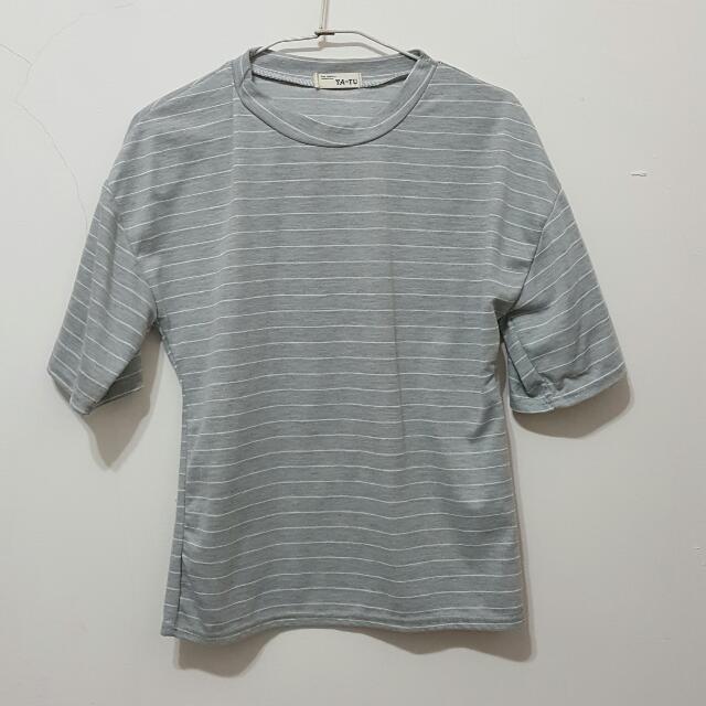 灰色 七分袖 T恤 條紋