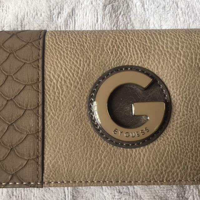 153def4c40 AUTHENTIC Guess Wallet
