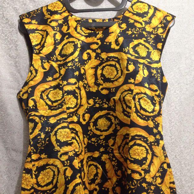 Baju Brand Versace
