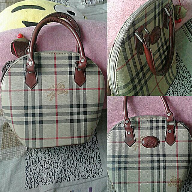 REPRICED!! Burberrys Of London Bag