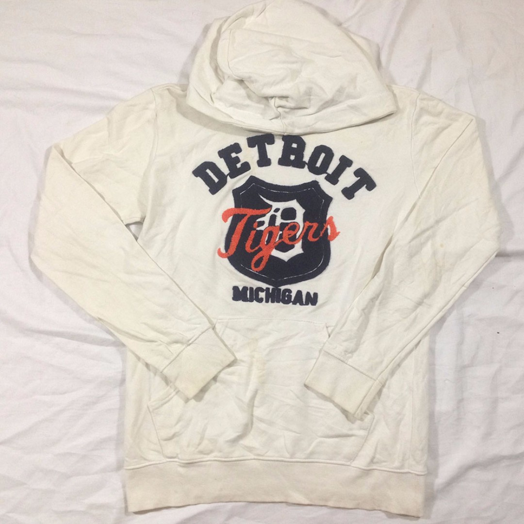 Hoodie Decide Made In Korea Size L Second import Murah