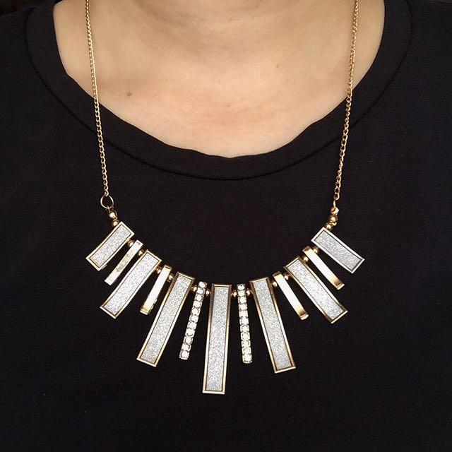 Ladies Necklace