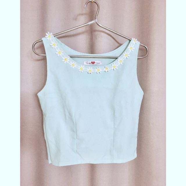 9b8f9bb69550c Light green sleeveless cropped top with floral appliques women fashion  clothes tops on carousell jpg 640x640