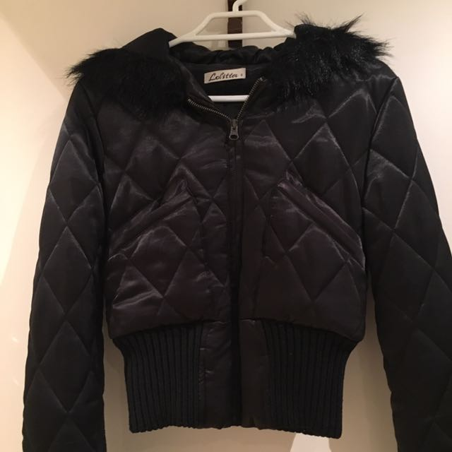 LOLITTA QUILTED CROPPED JACKET WITH HOOD AUS 6