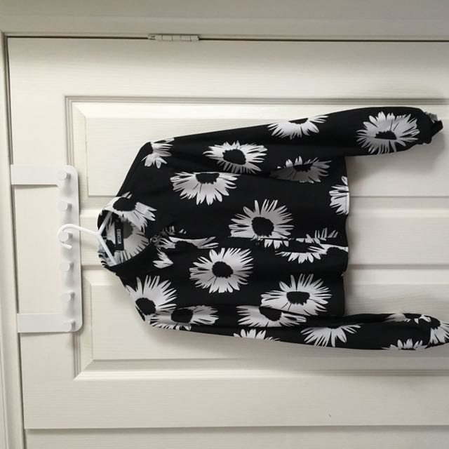 Missguided Size 10 Floral Top