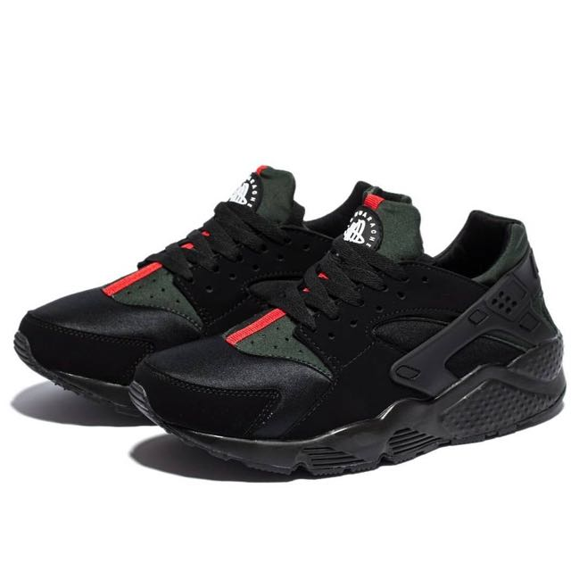 buy popular d0682 8d1a3 Nike Air Huarache X Gucci, Men s Fashion, Footwear on Carousell