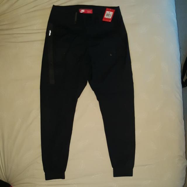 BNWT Nike Sportswear Bonded Mens Jogger Pants Size M