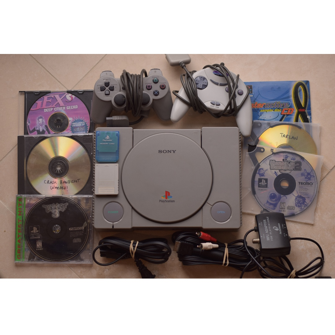 PLAYSTATION ONE MODDED w/ 5 games