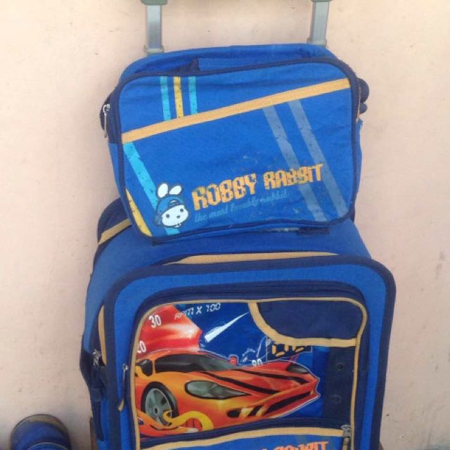 Robby Rabbit Trolley Bag With Lunh Bag
