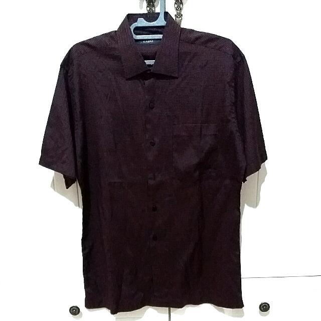 Shirt (Kemeja Lengan Pendek)