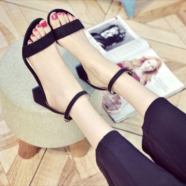 Simple Strap Heels