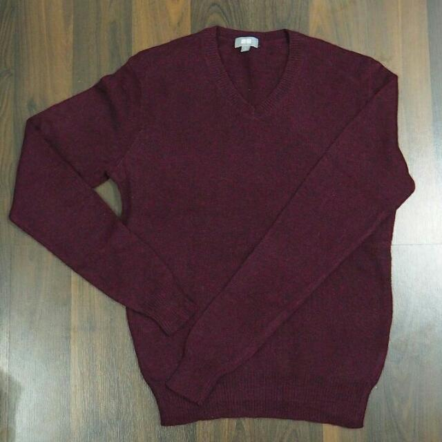 Sweater Maroon Uniqlo