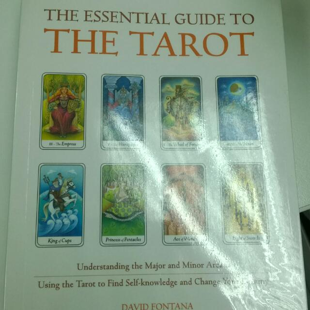 The Essential Guide to the Tarot (RESERVED)
