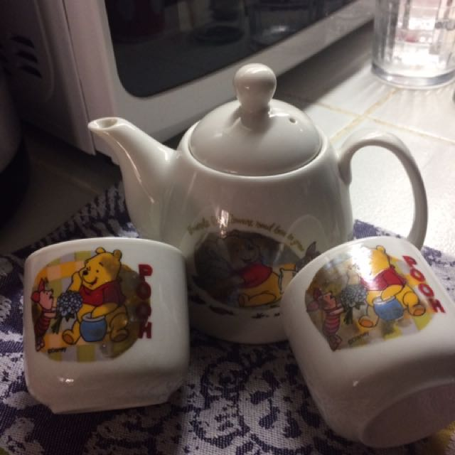 Winnie The Pooh tea set