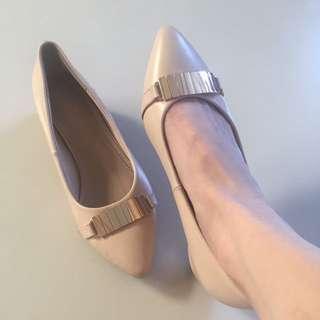 VNC Peach Gold shoes