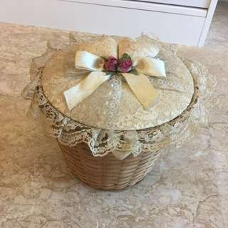 FREE Lovely Lace Woven Basket