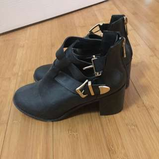 Rubi Shoes Buckle Boots Size 7