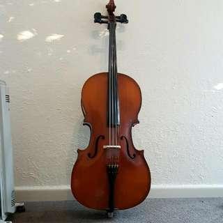 Half-size Cello
