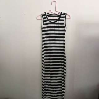 Maxi Dress (with slit)