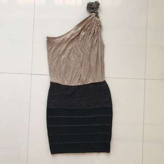 WOW COUTURE Nude and Black Short Dress