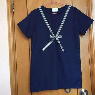 深藍色間條胸前綁蝴蝶結上衣